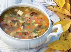 Když dojde řeč na ryze české a moravské polévky, dají se rozdělit na dva hlavní tábory. Soups And Stews, Cheeseburger Chowder, Quinoa, Soup Recipes, Fresh, Healing Stones
