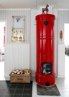Sopisiko teille pönttöuuni? 7 kaunista vaihtoehtoa | Meillä kotona Home Interior, Interior Decorating, Scandinavian Cottage, Farmhouse Remodel, Colorful Decor, Own Home, Old Houses, Sweet Home, Inspiration
