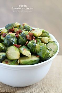 Need an easy side dish? This bacon brussels sprouts recipe is the way to go! They work great for a get together or just a quick weeknight meal.