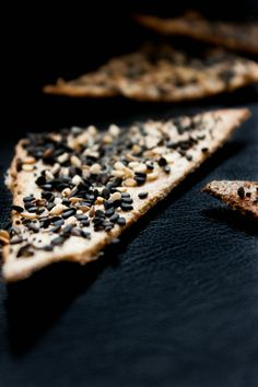 Scandinavian seed crispbread via My Blue & White Kitchen