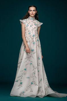 Модные советыДлинные вечерние платья 2019 картинки