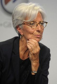 'Favorable' on Lagarde Leading IMF, France's Baroin Says christine lagarde - impressive woman This women is remarkable!christine lagarde - impressive woman This women is remarkable! Silver Grey Hair, White Hair, Haircut Trends 2017, Grey Hair And Glasses, Eye Glasses, Indian Eyes, Beautiful Old Woman, Trending Haircuts, Advanced Style