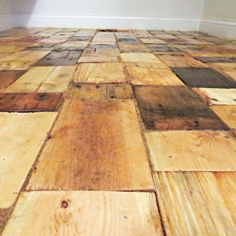 Redoing a Floor With Free Pallet Wood