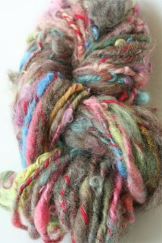 Ozark Handspun Yarn - this looks like such fun!!!  don't know what I'd do with it, but it's fun!