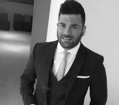 Παντελής Παντελίδης: Δείτε τον σε ηλικία 20 ετών! Greek Music, Suit Jacket, Breast, Blazer, Suits, Celebrities, Jackets, Men, Greece