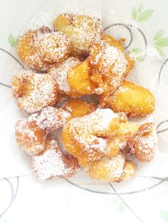Beignets, Strudel, Mini Desserts, Fritters, Biscotti, Buffet, French Toast, Deserts, Food And Drink