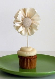 DIY Ruffled Cake Toppers by fairyfabs