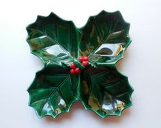 Vintage Lefton Holly Leaf Serving Dish - Four Section Christmas Candy Dish - Holiday Hostess Gift Christmas China, Christmas Clay, Christmas Dishes, Christmas Figurines, Christmas Kitchen, Retro Christmas, Christmas Colors, Christmas Tree Ornaments, Clay Ornaments