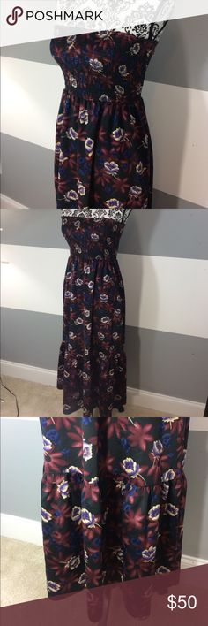 Free People dress Free People sleeveless long dress. UIGC a few small pulls in the fabric that are hard to see. Free People Dresses Maxi