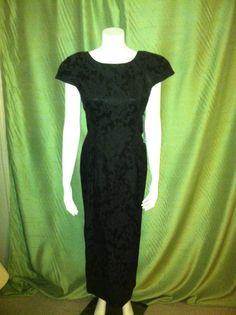 b5ec35db1e2 Gorgeous Black Lord   Taylor dress by Misty Lane