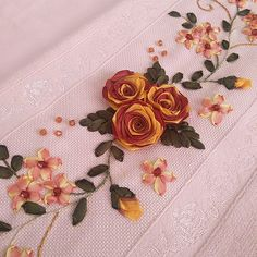 Wonderful Ribbon Embroidery Flowers by Hand Ideas. Enchanting Ribbon Embroidery Flowers by Hand Ideas. Ribbon Embroidery Tutorial, Hand Embroidery Flowers, Silk Ribbon Embroidery, Hand Embroidery Patterns, Embroidered Flowers, Embroidery Stitches, Embroidery Designs, Lace Beadwork, Crochet Flower Tutorial
