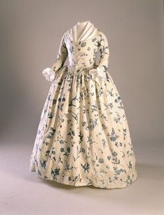 1760-1790 Gown, blue floral pattern on cream ground. Copperplate printed linen. Worn by Deborah Sampson, possibly as her wedding dress. Historic New England Accession Number:1998.5875