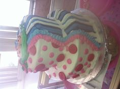 Twin baby shower cake, cute if a boy and girl!