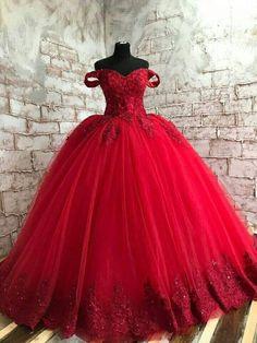 Wedding Dress Cinderella, Red Lace Wedding Dress, Puffy Wedding Dresses, Red Wedding Gowns, Tulle Prom Dress, Bridal Lace, Red Gowns, Red Ball Gowns, Wedding Shot