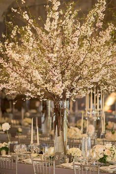 Beauty Of A Cherry Blossom Theme Party (13)