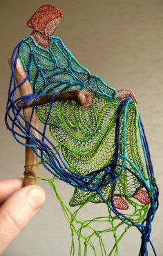 Textiles art by Sophie Standing - Art Kaleidoscope Sculpture Textile, Textile Fiber Art, Textile Artists, Weaving Projects, Weaving Art, Lace Art, Thread Art, Crochet Art, Lace Making