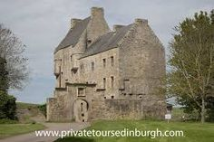 lallybroch castle - Google Search Outlander Tour, Outlander Tv Series, Wentworth Prison, Scotland Tours, Fort William, Filming Locations, Edinburgh, Mount Rushmore, Castle