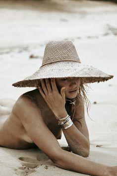 El Coco Hat: Tejedores x Coyote Negro Collab