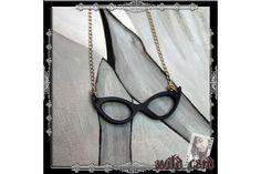 Retro Glasses Necklace by Wild Card Online Boutique Hipster Chic, A Boutique, Online Boutiques, Fashion Accessories, Glasses, Retro, Jewelry, Eyewear, Eyeglasses