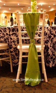 Vertical chair sash
