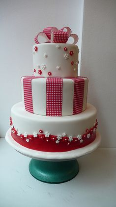 1950s red and white wedding cake by CAKE Amsterdam - Cakes by ZOBOT, via Flickr