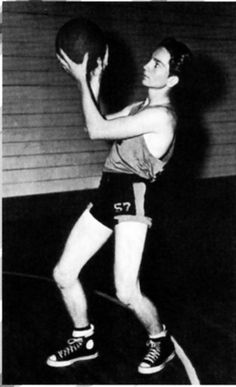 Willie Nelson shooting hoops as a youngster!
