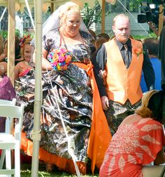 Honey Boo Boo's Mom, Mama June, got married to Sugar Bear in a camouflage and orange wedding dress
