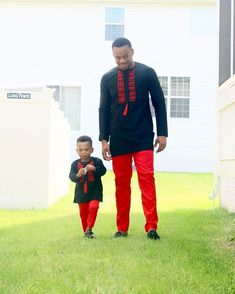This Couple and Parents to 4 Amazing Kids Are So Fashionable - See Them Slay in Matching Outfits - Wedding Digest Naija African Dresses For Kids, African Attire For Men, African Wear Dresses, African Clothing For Men, African Shirts, Nigerian Men Fashion, African Print Fashion, Africa Fashion, Couple Outfits