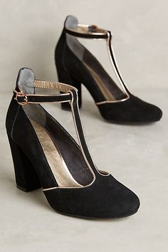 I just love heels like this. So classy. --- Lien.do Clave T-Strap Heels #anthropologie