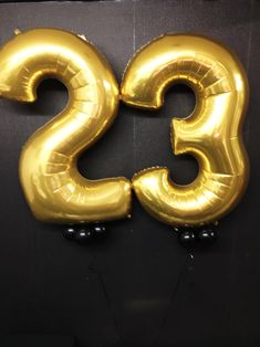 Giant Gold Numbers 23rd Birthday, Diy Birthday, Giant Number Balloons, Plastic Letters, Personalized Balloons, Gold Number, Anime Scenery Wallpaper, The Balloon, Party Cakes