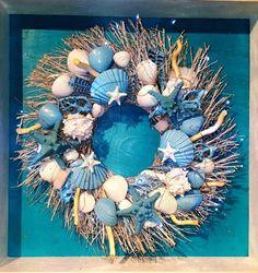 Sea Shell Wreath on Birch Twig w/Oasis Blue Sea Shell Details - Sheryl Futrelle Seashell Painting, Seashell Art, Seashell Crafts, Blue Painting, Starfish, Ocean Crafts, Beach Crafts, Nautical Christmas, Diy Christmas