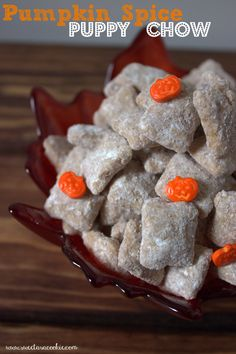 Salted Caramel Pumpkin Pie Spice Puppy Chow | Everything you could possibly want in an autumn pumpkin spice puppy chow by sweetasacookie.com...