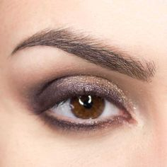 """See our website for even more information on """"Mac eyeshadow"""". It is actually a superb place for more information. Blending Eyeshadow, Eyeshadow Makeup, Eyeshadows, Makeup For Beginners, How To Apply Makeup, Applying Makeup, Makeup Routine, Skin Tips, Wedding Makeup"""