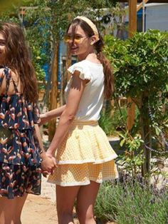 Falda a cuadros vichy amarilla de Maggie Sweet Alma boutique granada Granada, Boutique, Vintage, Style, Fashion, Child Fashion, Yellow Skirts, Fashion Guide, Checkered Skirt
