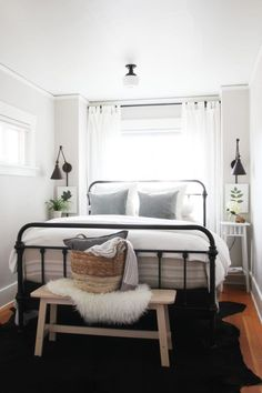 Bryant House / / Master Schlafzimmer Airbnb Makeover , ideas for small rooms bohemian interior design master bedroom design budget Bohemian Bedroom Decor, Home Decor Bedroom, Bedroom Furniture, Ikea Bedroom, Bedroom Sets, Furniture Makeover, 60s Bedroom, Mirrored Bedroom, Furniture Design