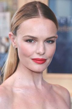 Kate Bosworth Makeup + Beauty Tips + Tricks @orglamix #naturalbeauty Beautiful red lip and sleek hair.