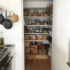 おしゃれなキッチン収納「パントリー」のある暮らしに憧れて・・・ | キナリノ