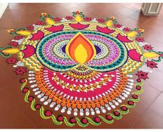 Beautiful Wedding Rangoli Designs Ideas for Your Wedding Décor That You Mustn't Miss Indian Rangoli Designs, Rangoli Designs Latest, Simple Rangoli Designs Images, Rangoli Designs Flower, Rangoli Patterns, Colorful Rangoli Designs, Rangoli Ideas, Flower Rangoli, Beautiful Rangoli Designs