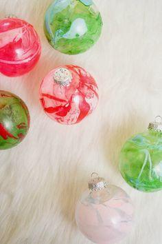 DIY marbleized ornaments