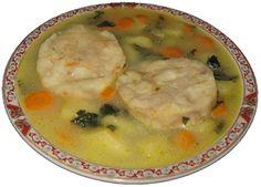Η ψαρόσουπα είναι ένα πολύ ελαφρύ φαγητό χωρίς πολλά λιπαρά. Υπάρχουν πολλές παραλλαγές στην συνταγή ή και στα υλικά που προτιμούνται. Η συγκεκριμένη συνταγή είναι απλή (χωρίς πολλά επιπρόσθετα συστατικά), γρήγορη στην εκτέλεση, ενώ το αποτέλεσμα γευστικά,με βρίσκει πολύ ικανοποιημένο. Στη συνταγή αυτή χρησιμοποίησα φιλέτο βακαλάου αλλά μπορεί να χρησιμόποιηθεί οποιδήποτε ψάρι (σε φιλέτο) της αρεσκείας σας.Υλικά για 4 μερίδες:8 φέτες ψαριούτης αρεσκείας σας (το συγκεκριμένο είναι…