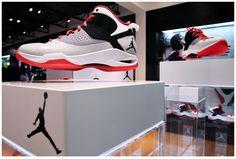 Magnetic Floating Shoe Display