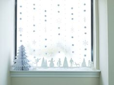 christmas small flat decor window decoration idea snowflakes cotton bomme … - How To Forge Small Flat Decor, Christmas Hacks, Christmas Stuff, Christmas 2019, Christmas Crafts, Xmas, Christmas Window Decorations, How To Make Pillows, White Candles