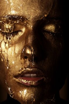 51 ideas for makeup photography gold faces Gold Aesthetic, Shades Of Gold, Face Art, Oeuvre D'art, Black Gold, Portrait Photography, People Photography, Makeup Photography, Photography Projects