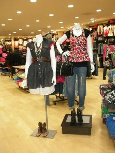 Mannequins on Display at Rue 21 | Lifestyle.Trimco.Viaggio