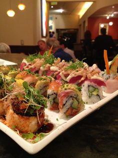 some sushi i made Sushi Recipes, Asian Recipes, Cooking Recipes, Healthy Recipes, My Sushi, Sushi Love, I Love Food, Good Food, Yummy Food