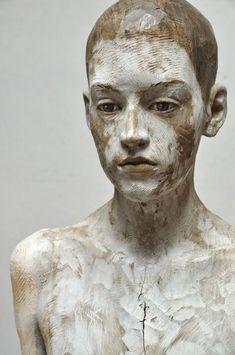 Bruno Walpoth, Patrick, dett., 2015, legno di noce, cm 71x35x25 #BrunoWalpoth #wooden #sculpture #Patrick