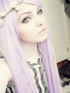Lilac hair and flowers beatiful❤