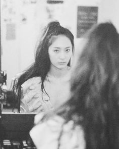 Jessica & Krystal, Krystal Jung, Jessica Jung, Electric Shock, Sulli, Face Claims, Woman Crush, Covergirl, Girl Crushes