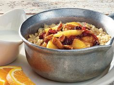 The Healthiest Menu Items You Can Order At Cracker Barrel Healthy Menu, Healthy Eating, Healthy Recipes, Cracker Barrel Oatmeal Recipe, Fast Food Diet, Healthy Crackers, Breakfast Pictures, Apple Cinnamon Oatmeal, Fruit Cobbler