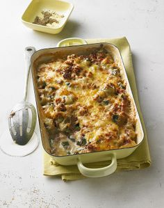 Zucchini casserole - Courgette casserole with minced meat, bacon and cream cheese - Easy Casserole Recipes, Easy Pasta Recipes, Easy Appetizer Recipes, Vegetarian Recipes Easy, Cooking Recipes, Cheap Easy Meals, Easy Meals For Kids, Zucchini Casserole, Easy Recipes For Beginners